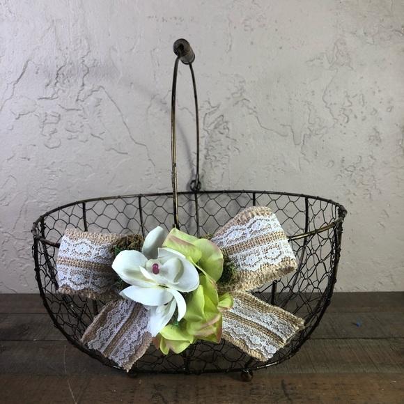 None Other - Chicken wire rustic wedding basket